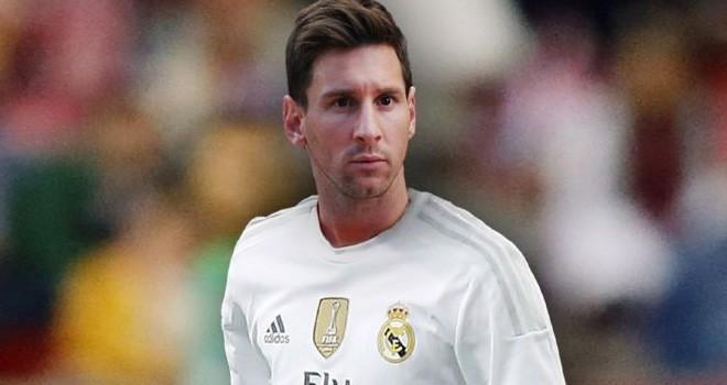 Daily Record mewacanakan Real Madrid akan membajak Lionel Messi dari Barcelona.