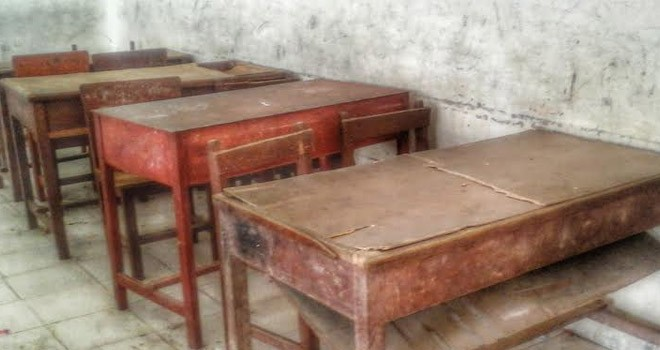 930+ Gambar Meja Kursi Sekolahan Terbaik