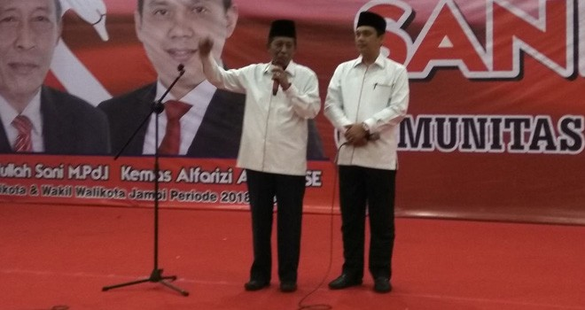 Calon Walikota dan Wakil Walikota Jambi pasangan Sani-Izi.