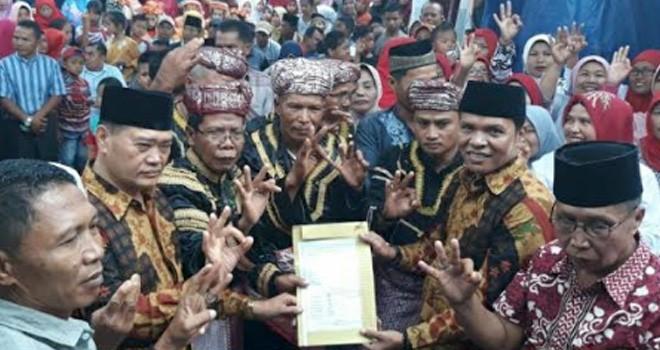 Zainal - Arsal Disambut Antusias Masyarakat 4 Desa Depati Tujuh.