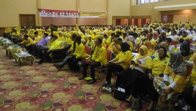 Dihadiri Ribuan Kader, Sy Fasha Buka Rakerda Golkar Kota Jambi.