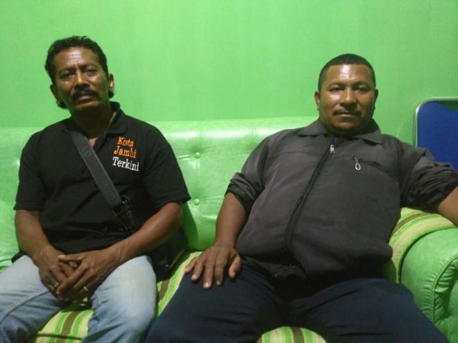 Foto dua perwakilan warga Flores NTT saat berada di Posko Center Fasha-Maulana.