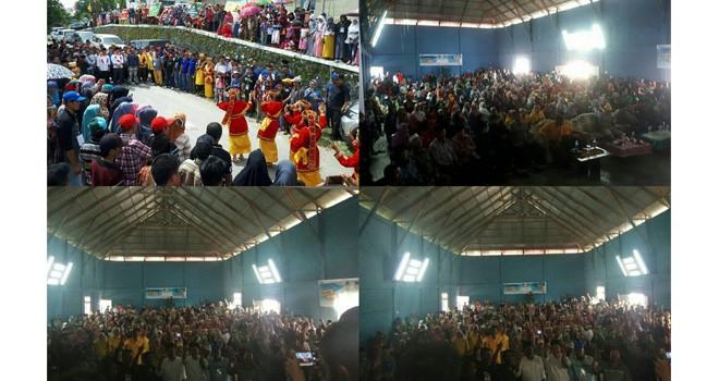 Kampanye dan sekaligus pelantikan tim Tanco di Ujung Pasir, Kecamatan Danau Kerinci, Minggu (15/4).