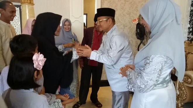 Open House di Kediaman DR Maulana.