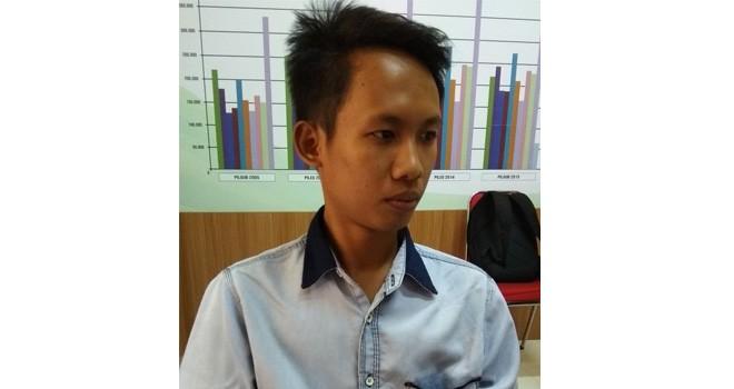 Azim Antoni Jaiz, mahasiswa Universitas Jambi.