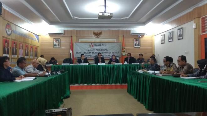 DPW PAN Provinsi Jambi menjalani sidang ajudikasi penyelesaian sengketa proses Pemilu, selasa (27/8).