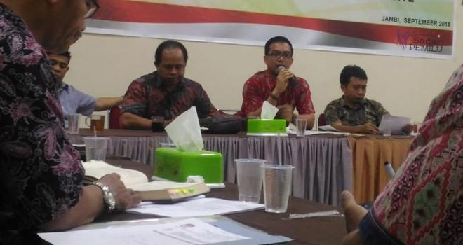 Timsel calon anggota KPU empat Kabupaten/Kota dalam Provinsi Jambi menggelar pertemuan dengan pihak terkiat untuk persiapan seleksi.