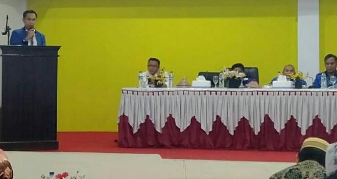 Wasekjen DPP PAN, Dipo Nurhadi Ilham memberikan sambutan dalam acara temu kader dan konsolidasi PAN Kerinci dan Sungai Penuh.