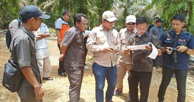 Bawaslu Provinsi Jambi bersama Bawaslu Kabupaten Sarolangun beserta jajarannya melakukan faktualisasi daftar pemilih bagi Suku Anak Dalam (SAD) di Desa Pematang Kabau, Kecamatan Air Hitam.