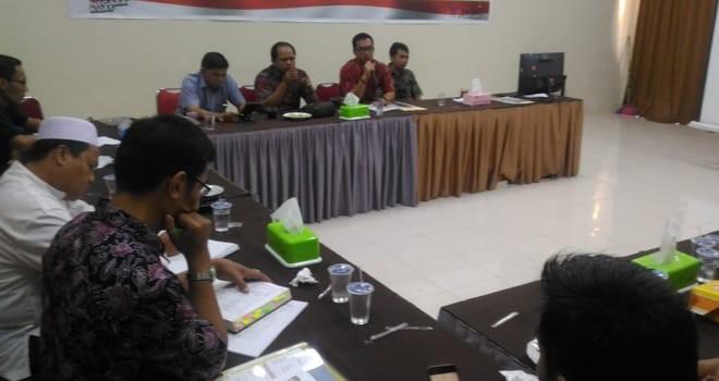 SELEKSI : Tim seleksi calon anggota KPU empat Kabupaten/Kota menggelar pertemuan dengan stakeholder dalam rangka persiapan seleksi.