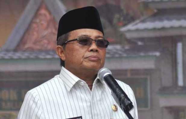 Plt Gubernur Jambi Fachrori Umar