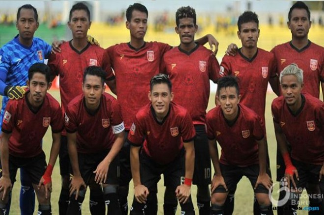 Starting XI PS Mojokerto Putra (Dok. Liga 2 2018)