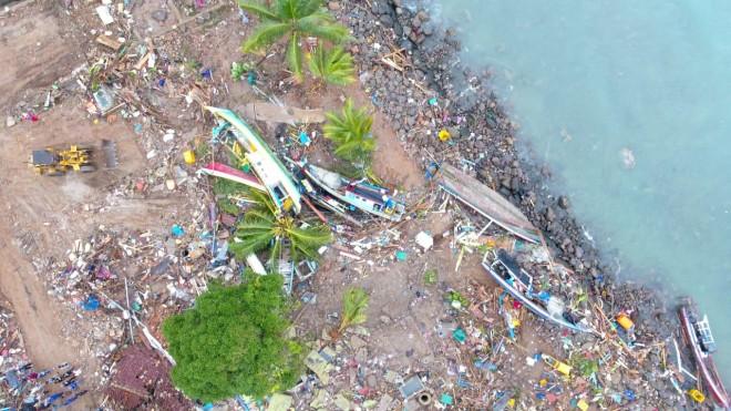 Kondisi paska Tsunami di Lampung. Foto : DRONE RADAR LAMSEL