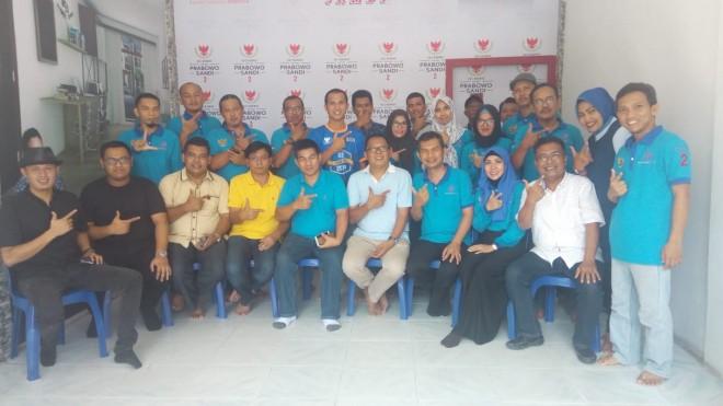 Foto bersamaKetua Umum Rumah Sandiuno Indonesia (RSI) R Sanny Ahmad Irsan, S.sos dan Tim RSI Jambi. Foto : Jambiupdate