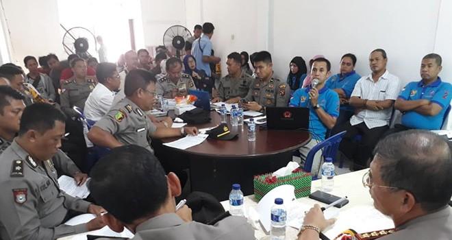 Pengurus Rumah Sandiaga Salahuddin Uno dan Polda Jambi menggelar rapat koordinasi persiapan pengamanan kunjungan Calon wakil Presiden, Jumat (25/1) besok. Foto : Faizarman / Jambiupdate