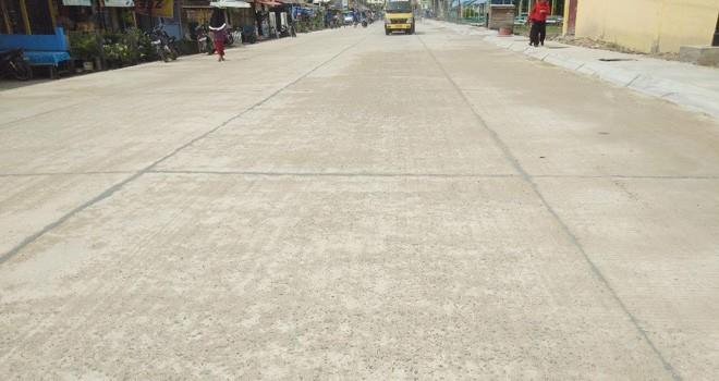 Telihat Jalan Patunas Sudah Timbul Batu. Foto : Gatot / Jambiupdate