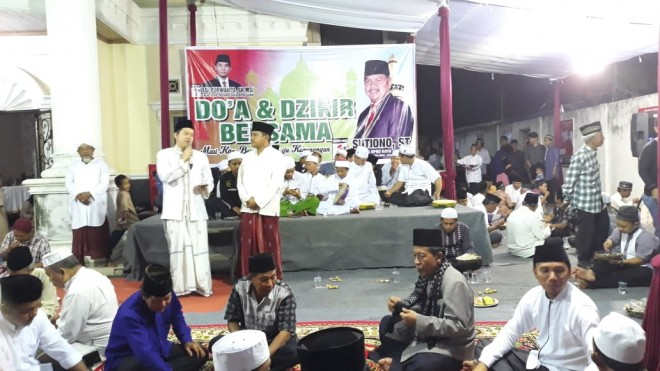 Ihsan Yunus saat menghadiri Zikir Dan Doa Bersama. Foto : Ist