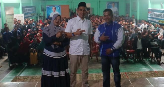 Calon DPR RI, Dipo Nurhadi Ilham mendapatkan dukungan dari masyarakat usai menggelar dialog terbuka.