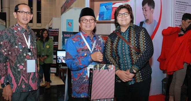 Pelaksana Tugas (Plt) Gubernur Jambi, Dr.Drs.H.Fachrori Umar,M.Hum. Foto : Ist