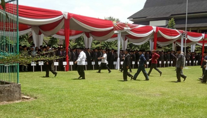 Pelantikan Pejabat Eselon III dan IV Pemprov Jambi. Foto : Andri / Jambiupdate
