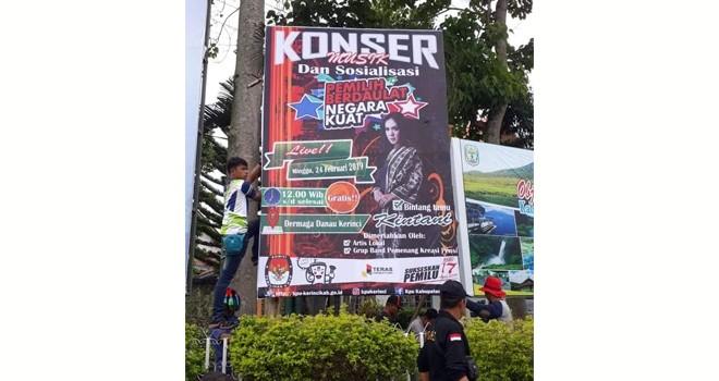 KPU Kerinci Gelar Konser Musik PBNK di Dermaga Danau Kerinci. Foto : Gusnadi / Jambiupdate
