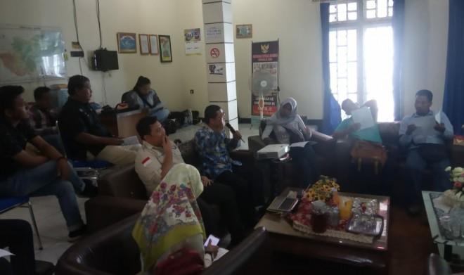 Plt Kepala ORI Perwakilan Jambi, Abdul Rokhim dan Penanggung Jawab inperma Beny Gunawan saat Ekspose Inperma Bersama awak media. Foto : Andri / Jambiupdate