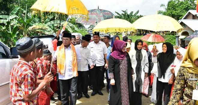 Gubernur Fachrori Ajak Masyarakat Makmurkan Masjid. Foto : Ist