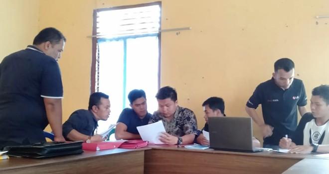 Fauzi Yusuf Resmi Gugat Pencoretan Dirinya Dari DCT ke Bawaslu Merangin. Foto : Wiwin / Jambiupdate
