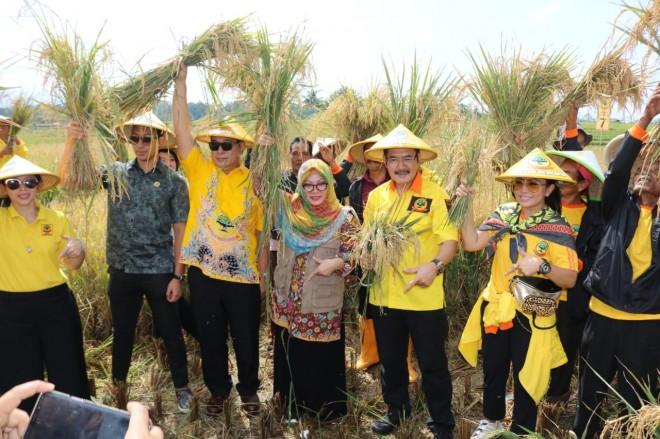 Bambang Trihatmodjo: Pupuk Bregadium Bukti Kiprah Berkarya untuk Pertanian. Foto : Ist