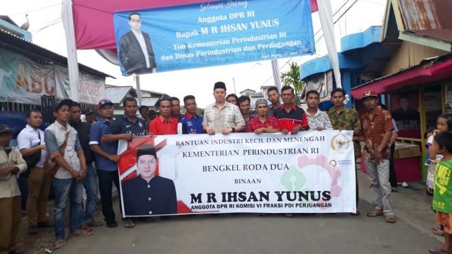 Ihsan Yunus saat Hadir Dalam Penyerahan Bantuan IKM. Foto : Ist