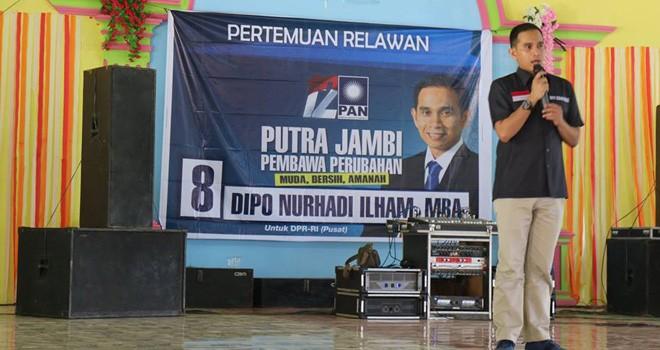 Dipo Nurhadi Ilham menggelar pertamuan dengan masyarakat dan relawan beberapa waktu lalu. Foto : Ist