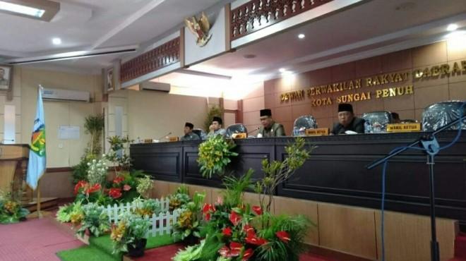 Rapat Paripurna Dewan Perwakilan Rakyat Daerah (DPRD) Kota Sungai Penuh, Senin (01/04/2019).