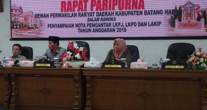Bupati Batanghari Sampaikan Nota Pengantar LKPJ, LKPD dan LAKIP Tahun 2018.
