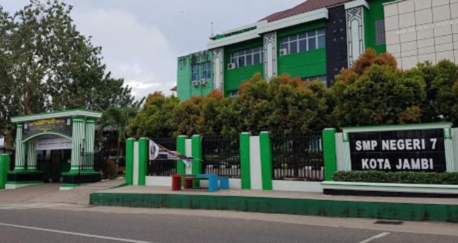 Gedung SMPN7 Kota Jambi. Foto : Ist
