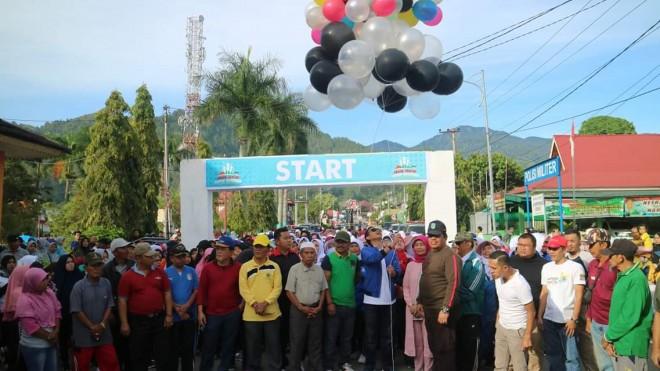 Ribuan Masyarakat Sungai Penuh Dan Kerinci Gelar Jalan Sehat. Foto : Ist