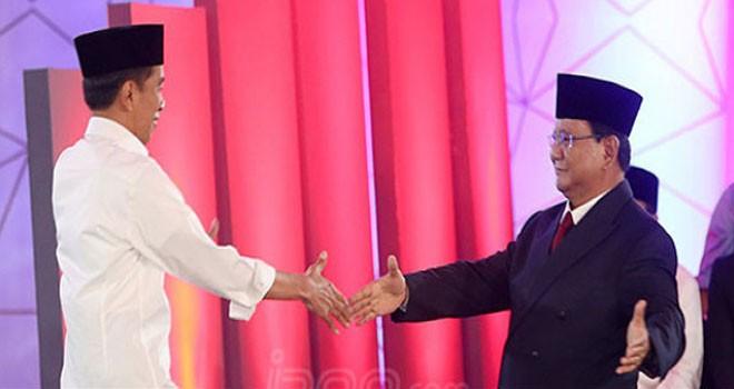 Jokowi dan Prabowo saat debat capres. Foto : Ricardo / JPNN