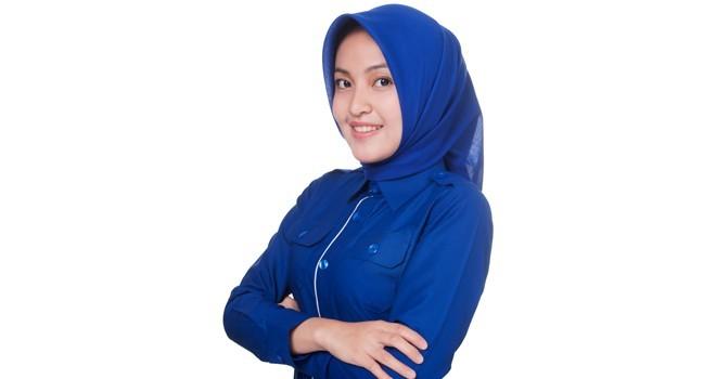 Ezzaty, Caleg Demokrat peraih suara tertinggi di Dapil Kerinci-Sungai Penuh. Ezzaty berhasil meraup hampir 32 ribu suara di Pileg