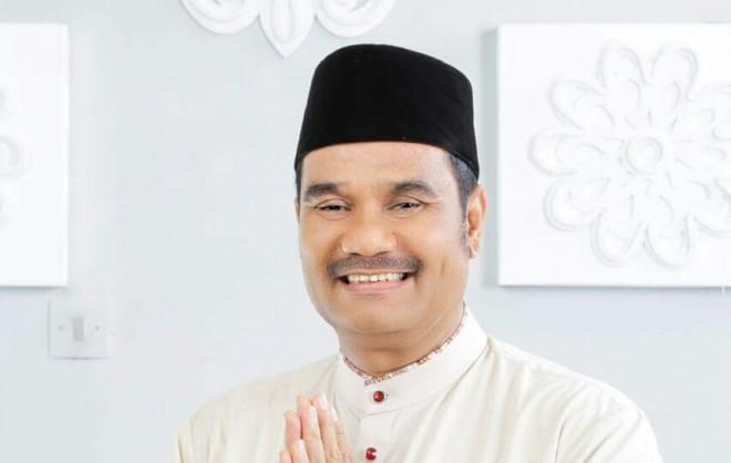 Sutan Adil Hendra.