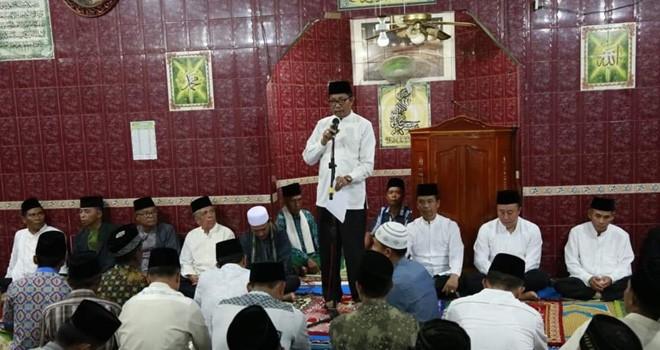 Tim Safari Ramadhan Pemkot Sungai Penuh Sambangi Masjid di Kumun.