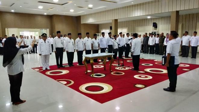 Bupati Merangin, Al Haris, pada Rabu sore (12/06/2019) melantik sebanyak 12 orang Eselon III untuk mengisi beberapa jabatan di lingkup Pemerintah Kabupaten Merangin.
