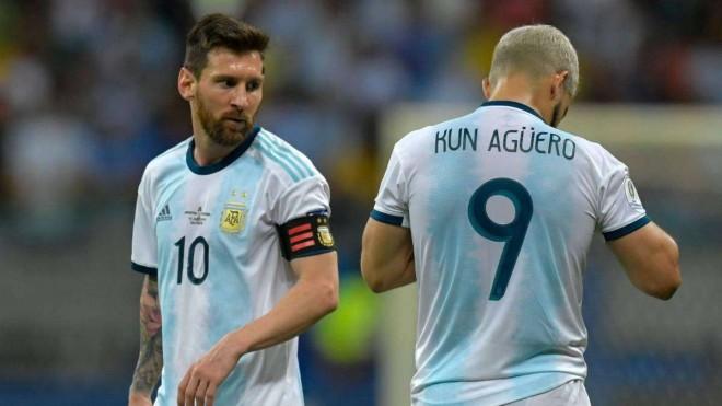 Lionel Messi dan Sergio Aguero tak berkutik menghadapi Kolombia/AS.