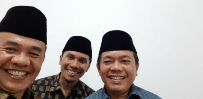 Al Haris dan Edi Purwanto saat Bertandang ke Kediaman Adirozal.