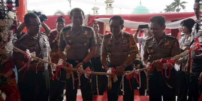 Aslog Kapolri resmikan gedung baru Rumah Sakit Bhayangkara Mayang Mangurai Jambi.