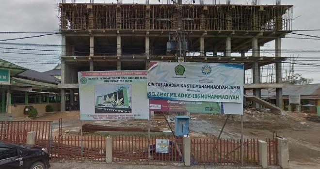 Gedung baru di Universitas Muhammdiyah tengah dibangun. Gedung 6 lantai itu ditargetkan rampung akhir 2019.