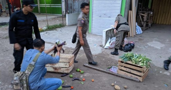 Penertiban Pasar Lama Talang Banjar.