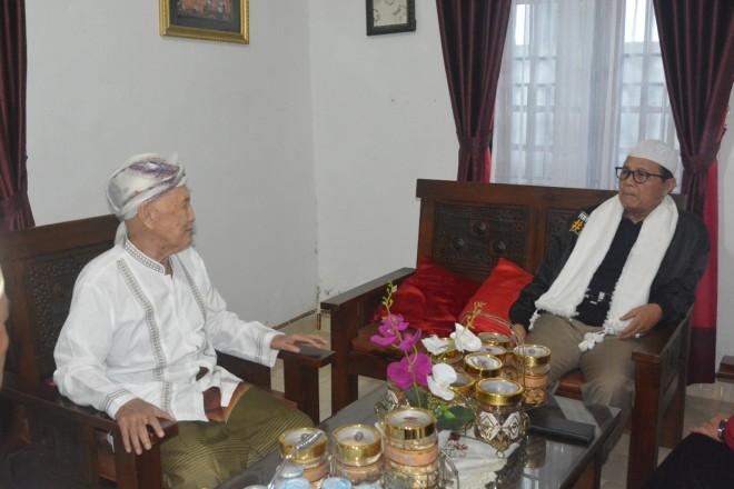 Fachrori Umar Silaturahmi dengan Tokoh Agama di Muara Siau.