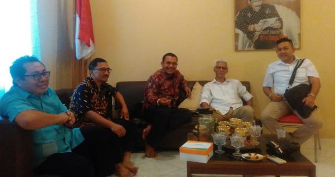 Tokoh Pers Banten Dapat Dukungan Nyalon Walikota Cilegon. Foto : Ist