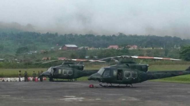 Dua unit Heli Bell 412 milik TNI AD yang dikerahkan untuk mencari Helikopter MI 17 No Reg 5138 milik TNI AD yang hilang kontak di Oksibil, Kabupaten Pegunungan Bintang, Papua pada Jumat pekan lalu. (Dokumen Pendam XVII/Cenderawasih)