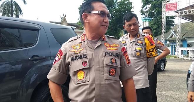 Kapolda Jambi Drs Muchlis As, MH.