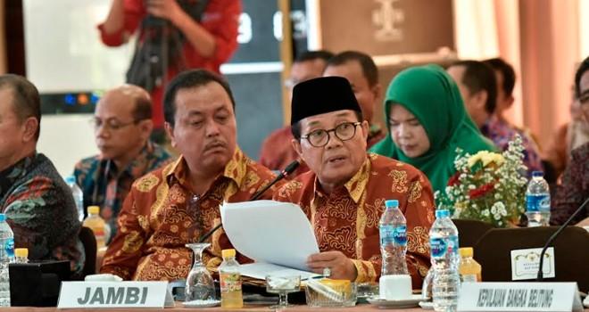 Gubernur Jambi Fachrori Umar, bersama para gubernur se Sumatera menandatangani Program Kesepakatan Raflesia yang nantinya langsung disampaikan kepada presiden Republik Indonesia.